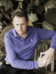 Keith Wood elite Golf mentor sat relaxing